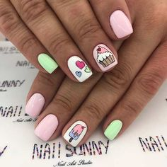 43 Super Cute Nails You Can Totally Do at Home Cute Cupcake Nail Design Sparkly Nails, Blue Nails, My Nails, Best Acrylic Nails, Acrylic Nail Designs, Super Cute Nails, Pretty Nails, Nagellack Design, Nails For Kids