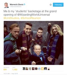 Shared by A_Potterhead. Find images and videos about harry potter, draco malfoy and tom felton on We Heart It - the app to get lost in what you love. Harry Potter Jokes, Harry Potter Cast, Harry Potter Universal, Harry Potter World, Universal Hollywood, Hogwarts, Slytherin, Tom Felton, Scorpius And Rose