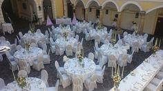 Gedeckte Hochzeitstafel Schloss Weikersdorf Table Decorations, Home Decor, Nice Asses, Decoration Home, Room Decor, Home Interior Design, Dinner Table Decorations, Home Decoration, Interior Design