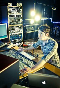 Wow. That is a lot of studio stuff. O_O :D