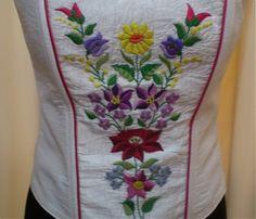 Fűzők kézi hímzéssel Hobbit, Hand Embroidery, Hands, My Love, Womens Fashion, Style, Hungarian Embroidery, My Boo, Women's Fashion