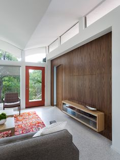Taking Flight : Renovation of a 1964 AD Stenger house by Rick & Cindy Black Architects