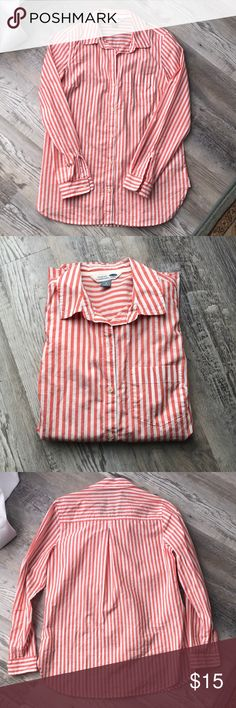 Orange and white tunic Brand new never been worn button up tunic from old navy! White Tunic, Navy Tops, Tunics, Button Up, Old Navy, Brand New, Orange, Best Deals, Closet