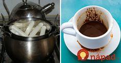 V hrnci rozpustila zvyšky sviečok a pridala kávovú usadeninu. Tento perfektný nápad sa oplatí vyskúšať!