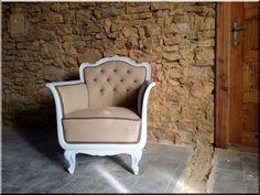 Neobarokk fotel - Antik bútor, egyedi natúr fa és loft designbútor, kerti fa termékek, akácfa oszlop, akác rönk, deszka, palló Vintage Shabby Chic, Wabi Sabi, Rustic Furniture, Vintage Designs, Accent Chairs, Armchair, Projects To Try, Sweet Home, Retro