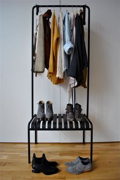 if i have a single this could be a cool idea to display a few pairs of shoes and some interesting shirts