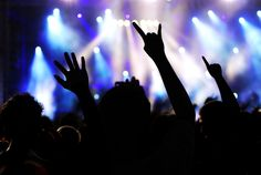 Concert Photography - Silhouette of crowd in a rock concert