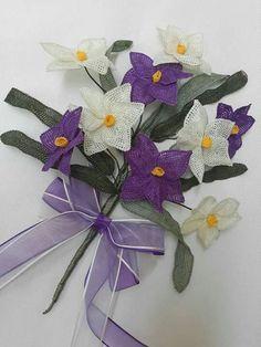 Alıntı Diy Flowers, Crochet Flowers, Needle Lace, Tatting, Sculpture, Crafts, Sewing Needles, Ribbons, Tejidos