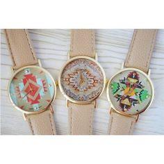 Reloj geneva con print azteca en correa marron claro