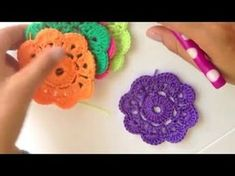 Crochet Granny Square Free Patterns: Crochet Animal, Flower, Heart, Granny Square with Free Patterns and video for beginner and seasoned crocheters. Crochet Bunting, Crochet Mandala Pattern, Crochet Squares, Crochet Granny, Double Crochet, Crochet Flowers, Free Crochet, Knit Crochet, Crochet Patterns