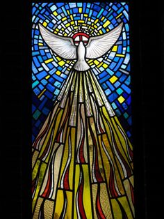 Trinity Windows, the Holy Spirit Stained Glass Church, Stained Glass Art, Stained Glass Windows, Catholic Art, Religious Art, Saint Esprit, Church Banners, Stained Glass Patterns, Christian Art