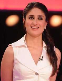 Recent reports indicated that Kareena Kapoor suddenly dropped out of Akshay Roy's Badtameez Dil due to monetary demands, but Bebo confirms to Mumbai . Indian Celebrities, Bollywood Celebrities, Bollywood Fashion, Bollywood Actress, Bollywood News, Kareena Kapoor Biography, Kareena Kapoor Pics, Karena Kapoor, Most Beautiful Indian Actress