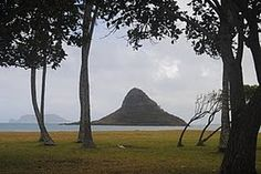 The Chinaman's hat, Oahu, Hawaii!   I am overwhelmed by how many repins there are of my photo....