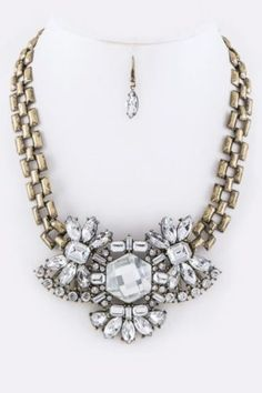 bejeweled neckace & earring set