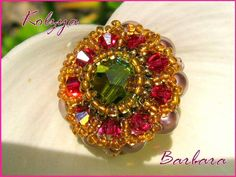 Here is a pattern for a brooch, pendant or ring Kolzya byVyolina. Its beautiful!