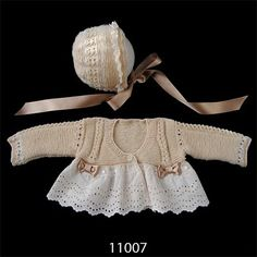 This Pin was discovered by Gül Crochet Barbie Clothes, Knitted Baby Clothes, Baby Doll Clothes, Baby Knitting Patterns, Baby Patterns, Crochet Baby, Knit Crochet, Rangers, Baby Sweaters