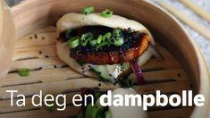 Dampede boller med grillet tofu og hurtigsyltet rødløk og agurk