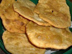 Torta frita(ideal para dias de lluvia) acompañados con unos buenos mates