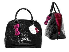 Loving my Hello Kitty purse.  Proof that you are never too old for HK!