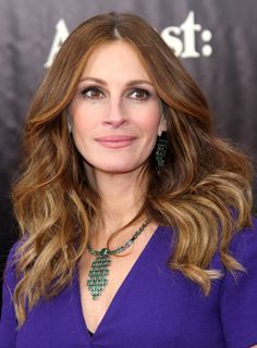 Julia Roberts stunning #redcarpet look at the August Osage County movie premiere by makeup artist Genevieve Herr #LancomeRedCarpet