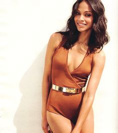 You'll never guess what Zoe Saldana uses to color her hair. hint: you can find it in your liquor cabinet. Zoe Saldana, Beautiful Black Women, Beautiful People, Beautiful Ladies, Beautiful Things, Actrices Sexy, Thing 1, Celebrity Beauty, Lingerie