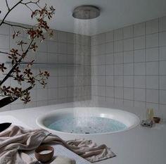 Bathroom Design on Rain Shower Bathtub Bathroom Design Interior Design Ideas Bathrooms Rain Shower Bathroom, Shower Tub, Shower Heads, Rainfall Shower, Dream Shower, Bathtub Dream, Huge Shower, Shower Stalls, Shower Rooms
