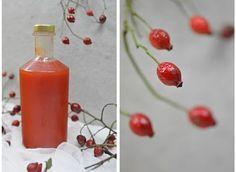 Bistro32: ŠÍPKOVÝ SIRUP Hot Sauce Bottles, Diy And Crafts, Food And Drink, Fruit, Drinks, Health, Paleo, Syrup, Beverages