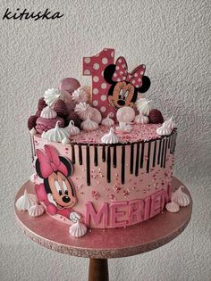 Mini Mouse Cupcakes, Mini Mouse Birthday Cake, Toddler Birthday Cakes, Minnie Mouse First Birthday, Birthday Kids, Mickey Birthday, Mickey And Minnie Cake, Bolo Mickey, Mickey Cakes