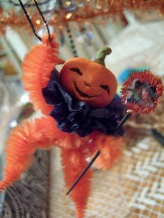 My good friend Natalea Kandefor of Kandeland hosted a fun halloween ornie swap. Vintage Halloween Crafts, Halloween Doll, Halloween Ornaments, Halloween Trees, Halloween Signs, Vintage Crafts, Halloween Projects, Holidays Halloween, Holiday Crafts