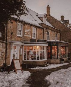 Cotswolds in the Snow - monalogue - - For the first time in a long time we were blessed with snow in England. I must have … Continue Reading. English Villages, Brighton, Sightseeing London, The Places Youll Go, Places To Go, Stow On The Wold, Le Riad, Beau Site, English Countryside