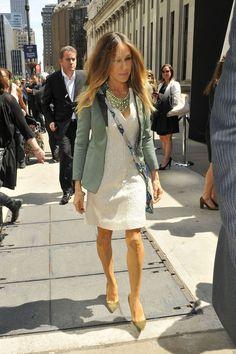 Sarah Jessica Parker Photo - Sarah Jessica Parker Dresses Up in NYC
