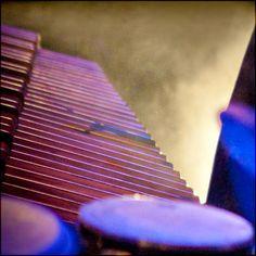 http://in-errances.blog.lemonde.fr/files/2012/03/percussions-2.jpg