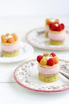 Raspberry mousse on pistachio sponge with faisselle and raspberries