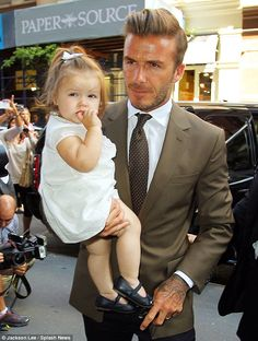 Absolutely adorable Harper Beckham
