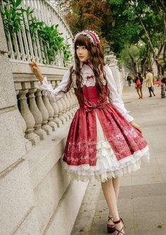 Gothic Lolita Dress, Lolita Style, Gothic Lolita Fashion, Jumper, Witch, Aurora Sleeping Beauty, Strawberry, Cosplay, Poses