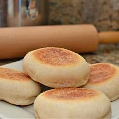 English Muffins photo by Chelle80 - Allrecipes.com - 865284