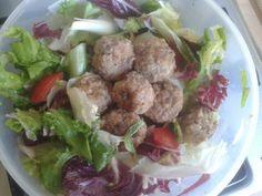 Mini turkey meatballs salad