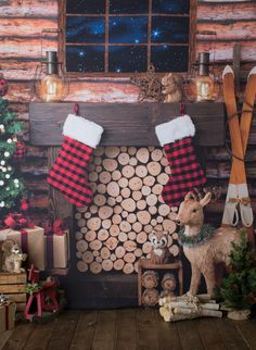 Christmas Winterhütte Antique Fireplace Mantels Article Body: Are you looking to change your plain o Cabin Christmas, Woodland Christmas, Burlap Christmas, Christmas Minis, Winter Christmas, Baby Christmas Photos, Christmas Mini Sessions, Christmas Backdrops, Christmas Photography