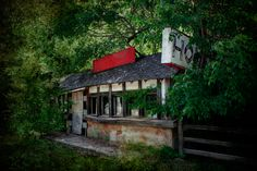 Remains of the Stony Dell Resort, Newburg ~ route 66 in missouri