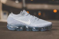 Nike Air Vapormax Flyknit Platinum Best Sneakers, Air Max Sneakers, Sneakers Nike, Adidas Nmd, Basketball Games For Kids, Brooklyn Style, Adidas Basketball Shoes, Foot Locker, Nike Air Vapormax