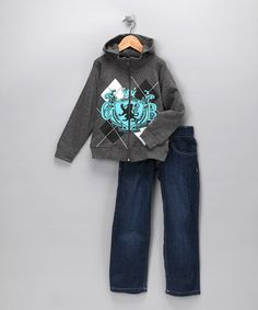Any little dude will look like a future big man on campus with the casual style of this slick argyle zip-up hoodie and jeans. The dynamic design accented by perfect pockets is a stroke of style genius.