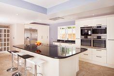 futuristicke kuchynske linky - Google Search