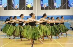 Bailarinas de hula evitan flor emblemática por enfermedad |...