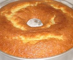 41 New Ideas For Cake Banana Recipe Easy Sour Cream Beer Recipes, Cake Recipes, Cooking Recipes, Cake Mix Pancakes, Banana Recipes Easy, Portuguese Desserts, Easy Cake Decorating, Almond Cakes, Food Cakes