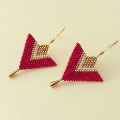 Nouveauté ✨ Boucles d'oreilles « Angelina » - Rouge / Blanc / Doré ✨ En vente sur le site www.boutiquelespetitstresors.com ! #bijoux #bijou #bracelet #bracelets #miyuki #amazing #handmade #handmadejewelry #jewellery #jewel #jewels #jewelry #ethnic #boho #bohostyle #bohochic #mode #diy #instagram #instagirl #instalike #instastyle #instashop #instafashion #shopping #creative #gem #look #pictureoftheday