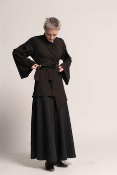 Boho Kimono, Kimono Fashion, Japanese Outfits, Japanese Clothing, Black Kimono Cardigan, Samurai Clothing, Japanese Kimono, Japanese Style, Concept Clothing