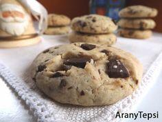 AranyTepsi: Csokidarabos keksz Muffin, Cookies, Breakfast, Food, Crack Crackers, Morning Coffee, Biscuits, Essen, Muffins