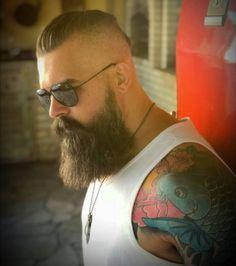 ⚔ BΣΛЯDΣD VILLΛIПS SΛO PΛVLO ⚔ @von_knox @beardedvillains @beardedvillains_saopaulo • Captai Beard And Mustache Styles, Beard No Mustache, Beard Logo, Beard Tattoo, Grey Beards, Long Beards, Long Beard Styles, Hair And Beard Styles, Hairy Men