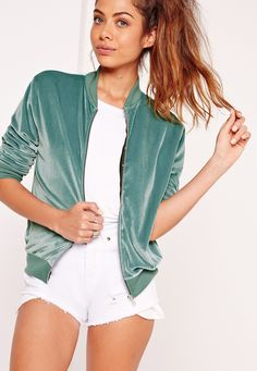 Velour is a classic throwback wardrobe staple and it's back! You can't deny that every girl rocked velour on more than one occasion. This novelty bomber jacket is the one you need RN. Featuring a mint green hue, velvet material and a relaxe...