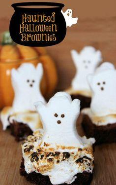 Halloween Brownies, Halloween Desserts, Plat Halloween, Halloween Goodies, Halloween Food For Party, Halloween Ghosts, Halloween Treats, Halloween Dishes, Happy Halloween
